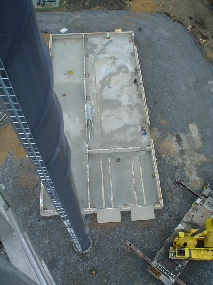 Bygget av värmecentralen 2007: Grunden sett uppifrån